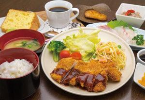 キッチン&カフェ-hama
